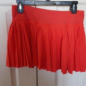 Lululemon pleat to street skirt